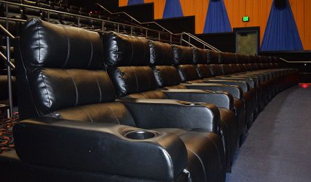 Movie Theaters With Beds Recliners Yes Please Movie Theater Prices